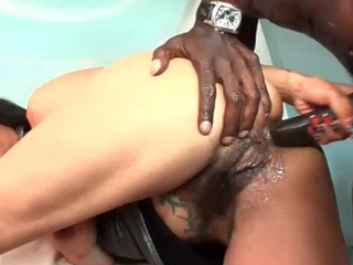 A large jock in the gazoo for this anal cougar