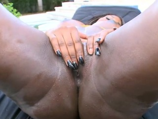 Easy Black Tube Clips