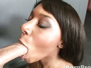 Ebony hawt Rane Revere acquires her mouth plugged with a yummy  hawt whitezilla