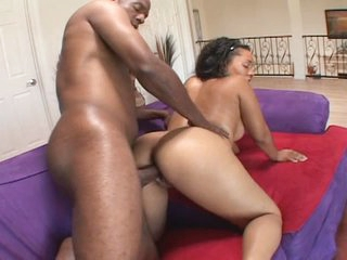 Gorgeous ebony babe with perfect ass gets nailed