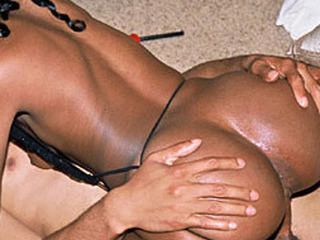 This black cutie just wants to have joy and take a huge penis unfathomable inside her mouth and pink bawdy cleft - and who are we to deny her that. Watch Beauty tackle Arrexion's animal in this movie.
