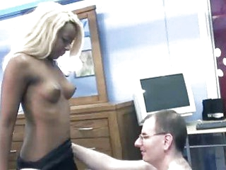 Hungry ebony honey Fiona blowing an old geek