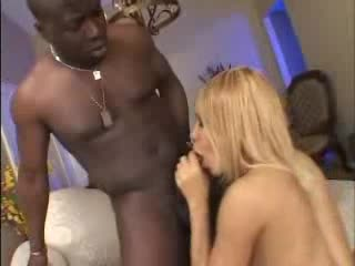 Look at a big black ass taking BBC
