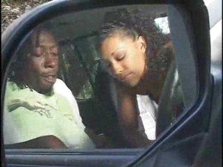 Hot ebony fucking in a car
