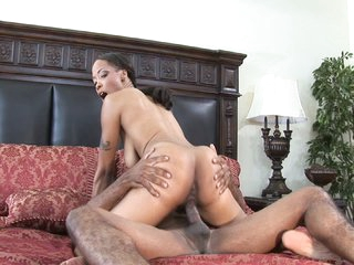 Hot ebony work woman gets work done the whore way