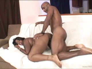 Big assed Skyy Black loves getting her pussy pulverized