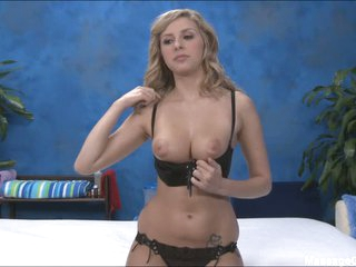 Kodi flashes her pussy and tits